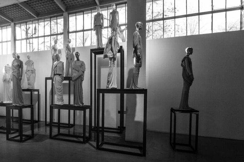 Rick-Owens.-Subhuman-Inhuman-Superhuman.-Exhibition-view-at-La-Triennale-di-Milano-2017.-Photo-credit-OWENSCORP-1-1