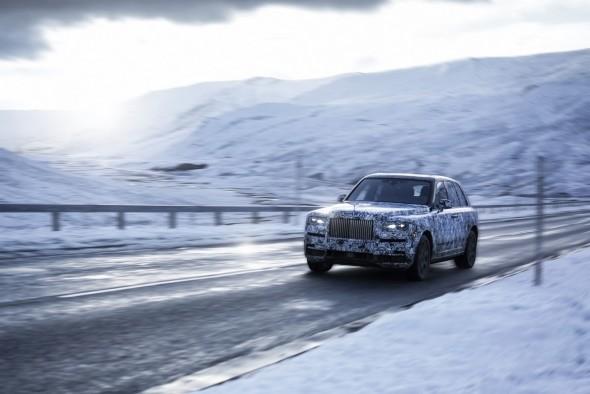 1519658571_Rolls-Royce-Cullinan-2-590x394