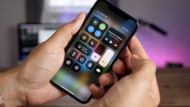 Apple-iPhone-X-Review-660x371